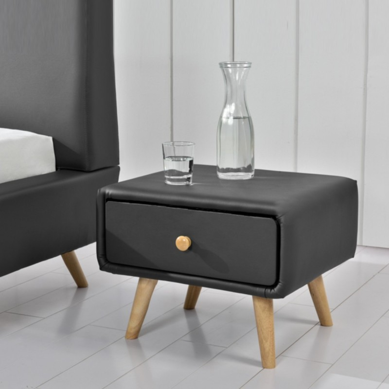 table de chevet scandinave en simili cuir meublerdesign. Black Bedroom Furniture Sets. Home Design Ideas