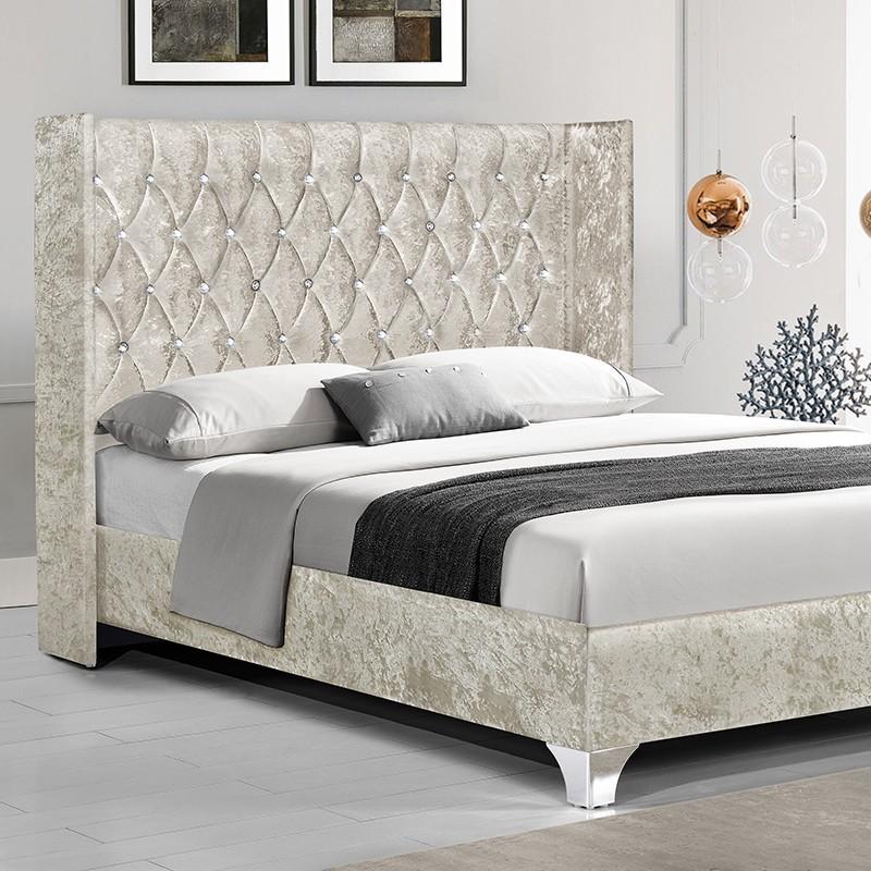 lit capitonn grand t te de lit focuse. Black Bedroom Furniture Sets. Home Design Ideas
